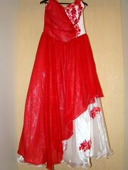 Платье для свадьбы или выпускного бала.