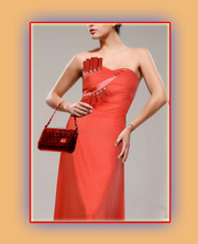 Вечернее платье карамельного цвета