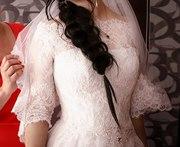 Свадебное платье с кружевами